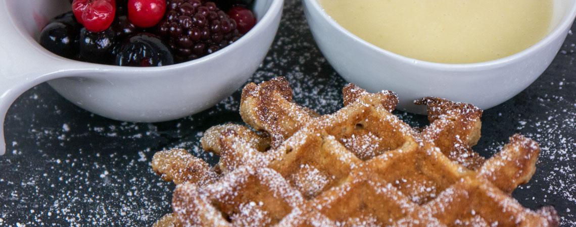 Hofgutshop.de - Rezept für zuckerfreie Waffeln mit Vanillesoße